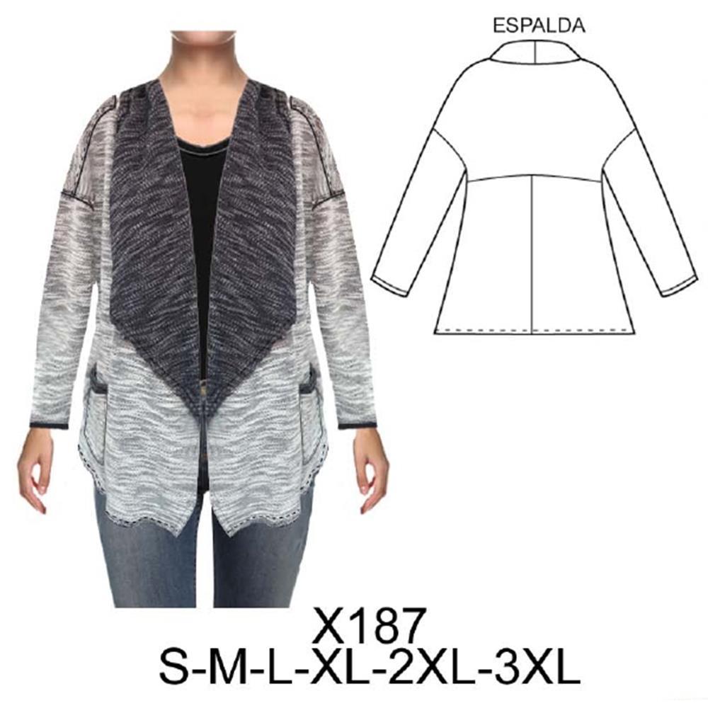 X187 - Tapado tipo kimono con cuello smoking ancho y bolsillo
